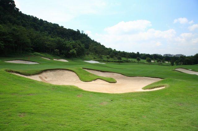 小平校・ワールドゴルフ練習場